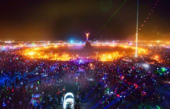 105-cliches-exceptionnels-du-burning-man-festival-le-rassemblement-surrealiste-dartistes-du-monde-entier61