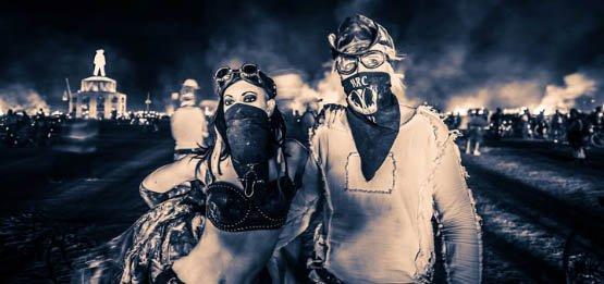 105-cliches-exceptionnels-du-burning-man-festival-le-rassemblement-surrealiste-dartistes-du-monde-entier12