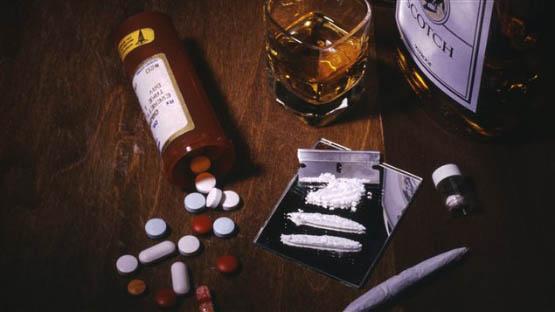 131118_eq57j_toxicomanie_narcotiques_sn635