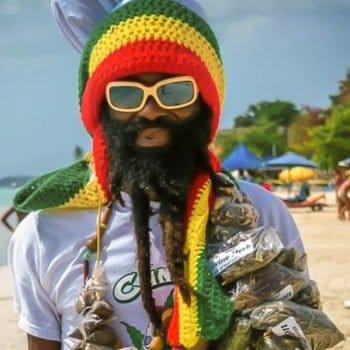 La Jamaïque, s'affirme dans le tourisme cannabique