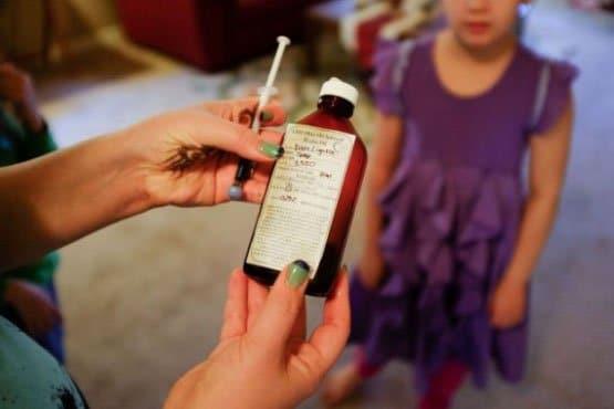 1222930-parents-enfants-epileptiques-soignes-moyen-7215a