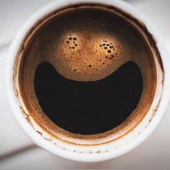 Le CBD adoucit les effets négatifs de la caféine