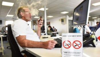Fumer ou vapoter dans les lieux publics en France