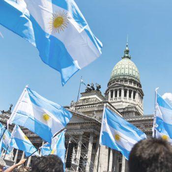 Argentine: autorisation de la culture à domicile