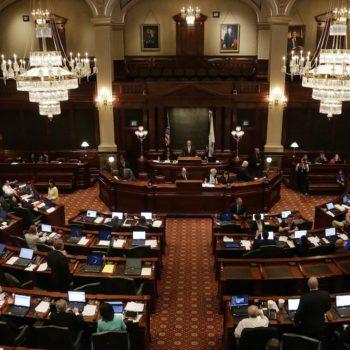 Le parlement de l'Illinois approuve le cannabis médical pour les élèves