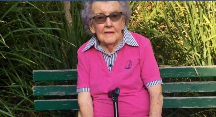 Australië: medicinaal kruid is legaal, maar 91 vrouw heeft moeite om het te krijgen